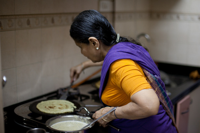 Mohana making <em>adai</em>