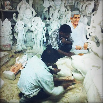 Marble sculpting in Paharganj