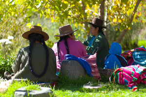 """Mujeres de Sábado"" come every 2nd Saturday with the knits they made while tending their flocks during the week."