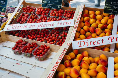 food, city, street, shopping, market, Food, fruit, toulouse, Toulouse, Victor Hugo, raspberry, apricot